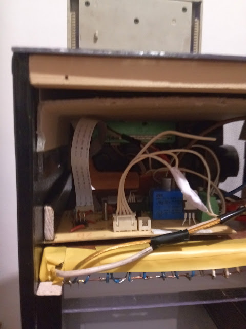 How to make a double sided ultraviolet exposure box for making PCB 16