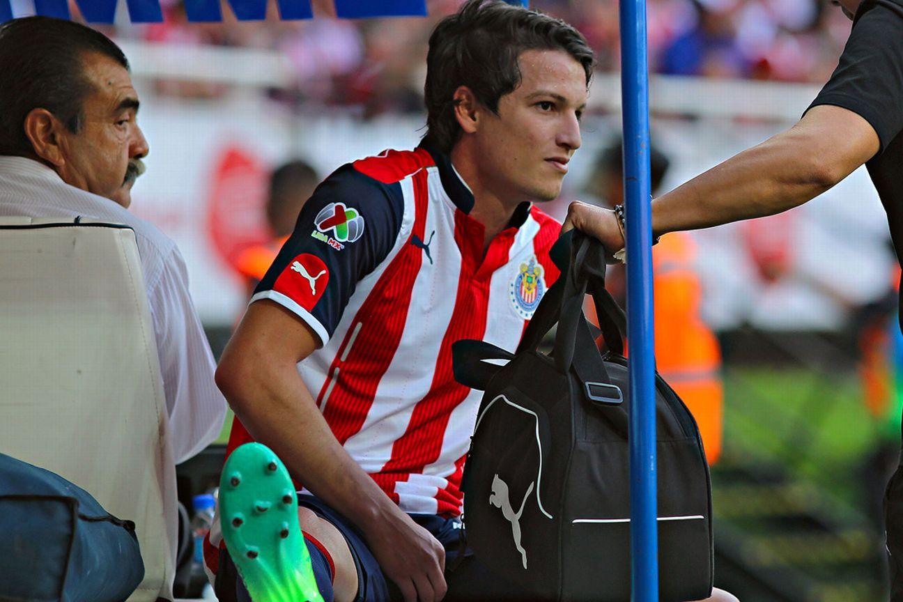 Carlos Fierro, delantero de Chivas.