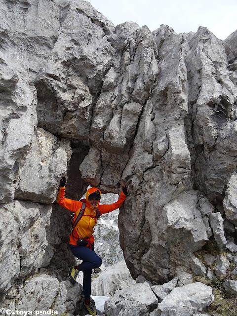 Zona de trepadas en el cordal del Camperón en Picos de Europa.