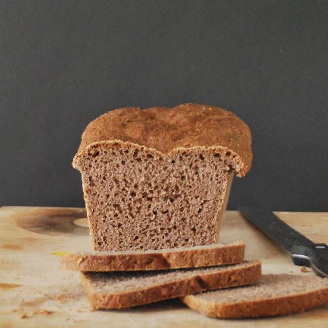 Dinkelvollkorn-Nuss-Brot | pastasciutta