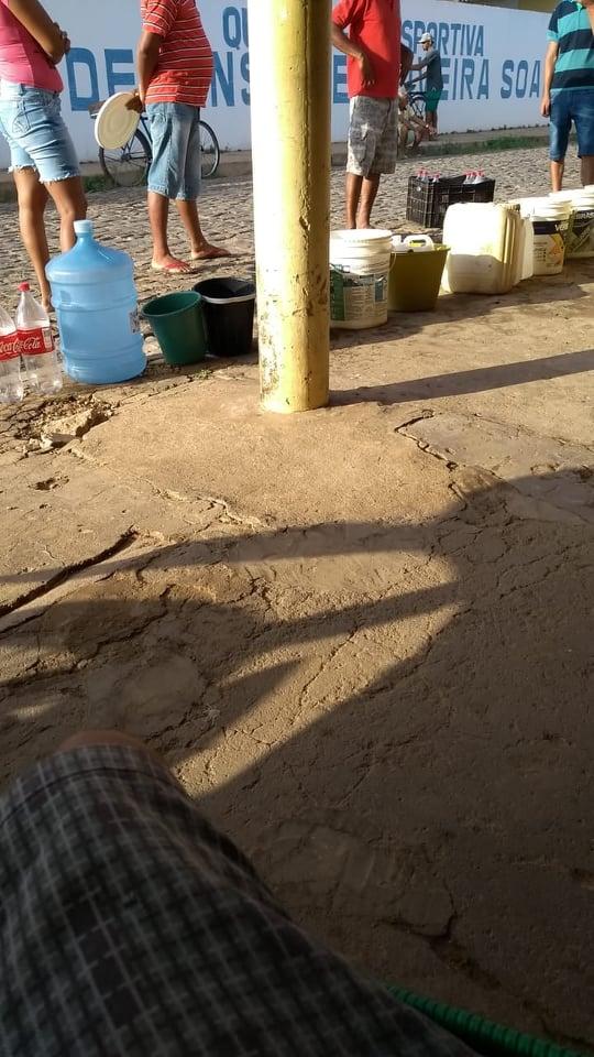 Consumidores da Agespisa enfrentam nova falta de água em Elesbão Veloso.