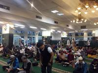 PT Pusri Fasilitasi Iktikaf Ribuan Muslim di Masjid Aqobah Palembang