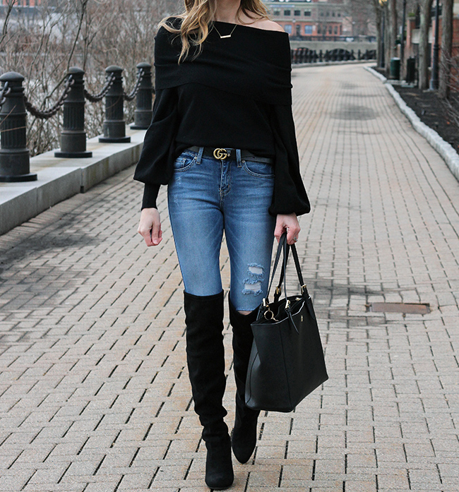 Off the shoulder sweater #offtheshoulder #sweater #rippedjeans