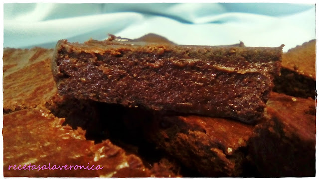 brownie saludable de aguacate