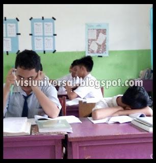 Di sekolah kita menemukan ada beberapa siswa yang bermasalah CARA MEMBANTU SISWA BERMASALAH DAN BIMBINGAN KONSELING