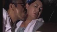 Japan x ปล่อยให้เมียนั่งท้ายกระบะหลังตู้ทึบกับลุงเขยก็โดนเย็ดฟรีสิ
