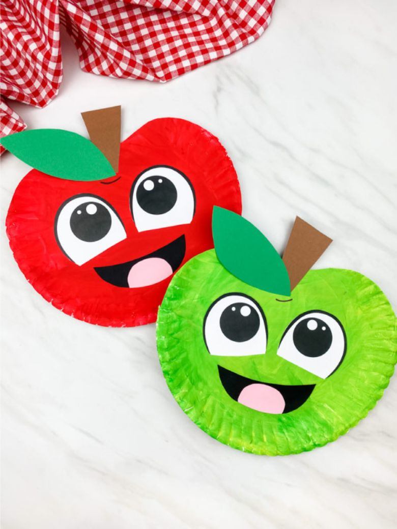 paper plate apple autumn craft for kids