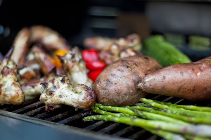 grilling on Memorial Day weekend