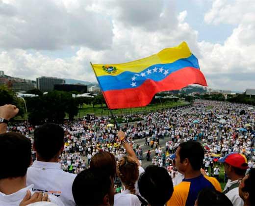 ¡DE NUEVO A LA CALLE! Oposición vuelve a marchar para exigir respeto a la constitución (Sigue aquí las incidencias)