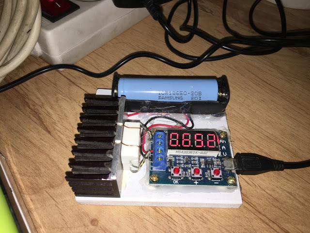 Jak sprawdzić pojemność akumulatora 18650