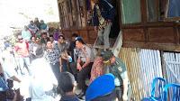 Kapolda NTB Sambangi Rumah Keluarga Alm Dewa di Desa O'o Donggo