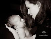 Hasil gambar untuk gambar seorang ibu dan anak