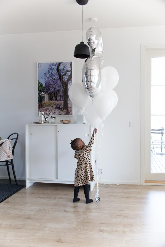 Villa H, kodin sisustus, ilmapallot, 2-vuotias, synttärit