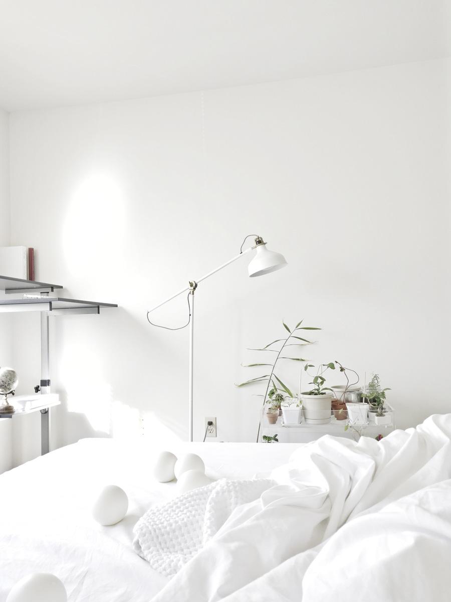 Dormitorio todo blanco: 4 razones para quererlo