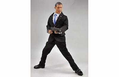 Figura de acción de Barack Obama con una metralleta