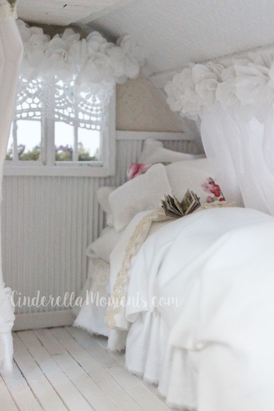 Hot Pink Chairs Haworth Zody Chair Cinderella Moments: Shabby Chic Trailer Dollhouse