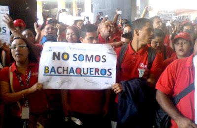 """Obreros de Abastos Bicentenario: """"exigimos respeto a nuestra dignidad"""""""