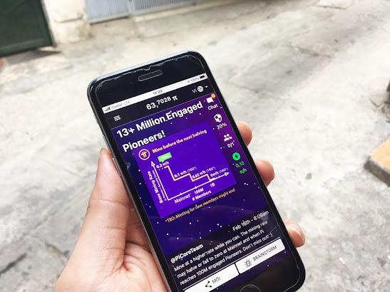 Giao diện chính của app Pi trên điện thoại thông minh