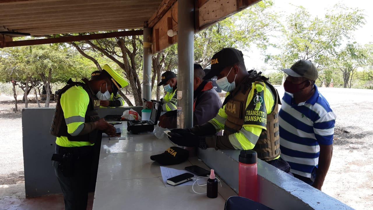 hoyennoticia.com, 12 capturados en La Guajira durante el puente de San Pedro y san Pablo
