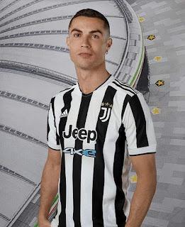 كريستيانو رونالدو بقميص يوفنتوس للموسم الجديد 2022