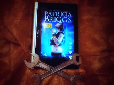 Patricia Briggs - Znak kości