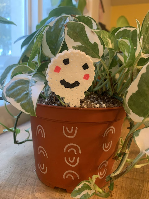 How to make cute DIY Perler (Hama) Bead Decorative Plant Markers for a fun Halloween Craft For Kids