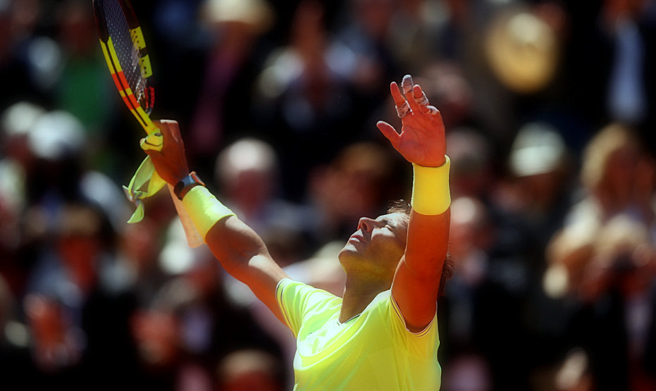 How Rafael Nadal beat Roger Federer in 3 sets at the French Open