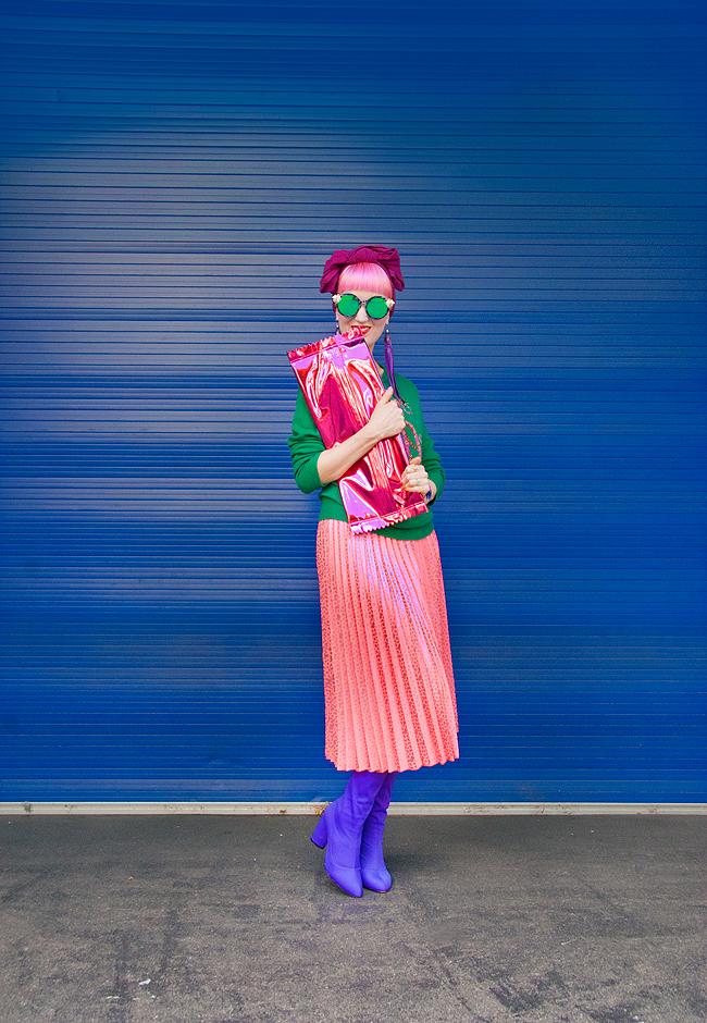 pleated skirt, street style, swiss fashion blogger