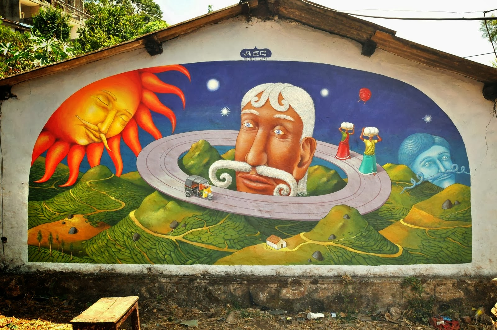 AEC from Interesni Kazki is still in India (Part I), where he just finished working on these two new murals in Verkala and Pothamedu.