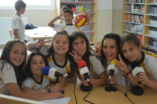 Una radio escolar ayuda a fomentar el trabajo en grupo