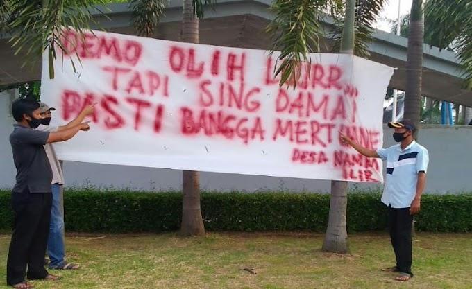 Warga Desa Nambo Ilir Pasang Spanduk Stop Demo Anarkis, Kapolsek Cikande Beri Apresiasi
