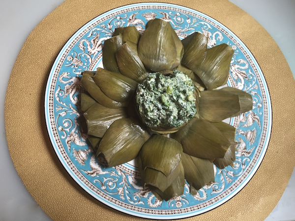 artichoke with creamy spinach dip