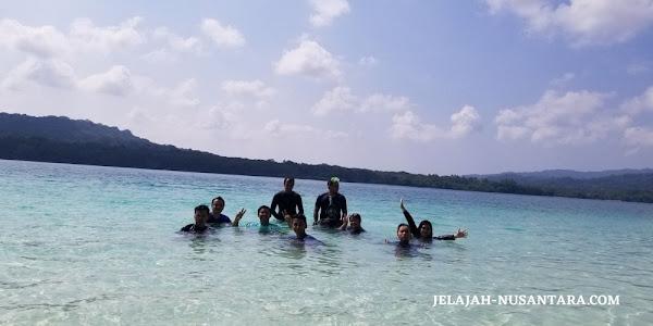 wisata pantai open trip pulau peucang ujung kulon 3 hari 2 malam