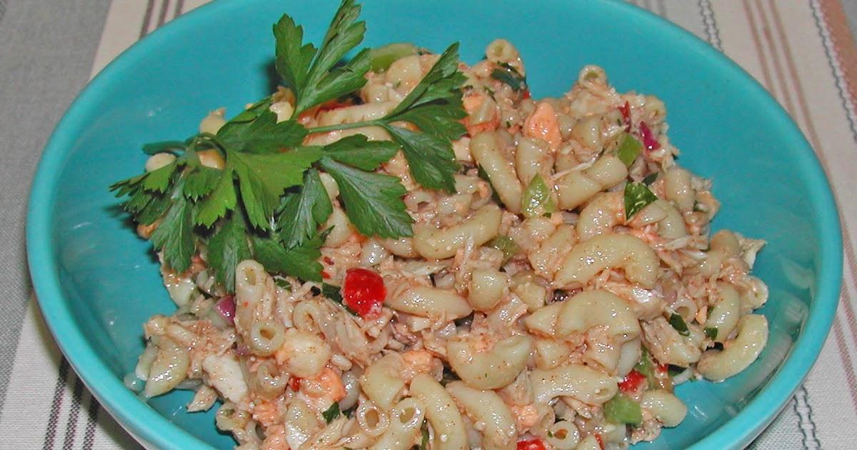 The iowa housewife family favorites macaroni tuna salad for Tuna fish macaroni salad