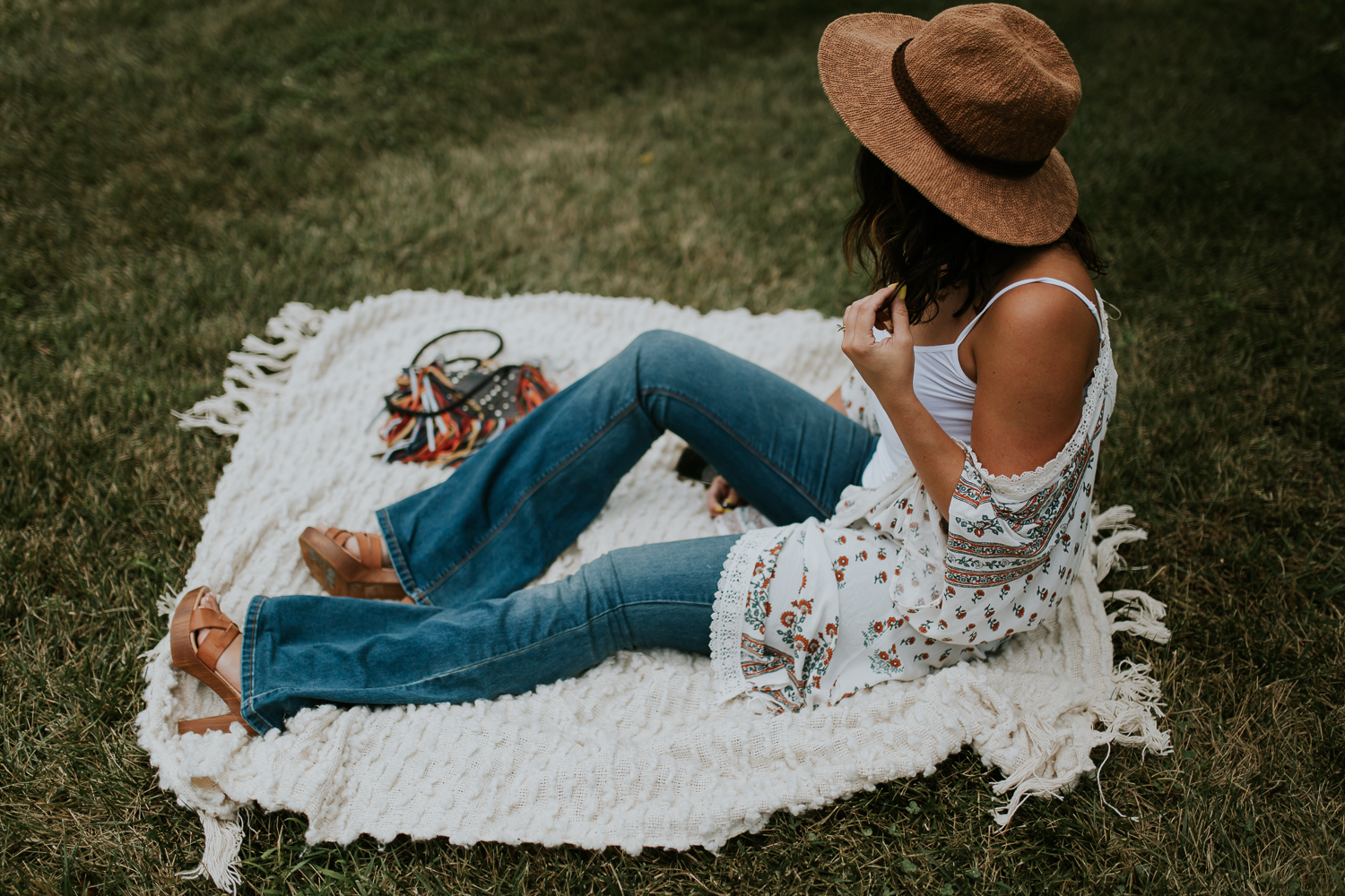 boho outfit, nc blogger, lifestyle blogger, xo Samantha Brooke, free people, flare outfits, boho fashion