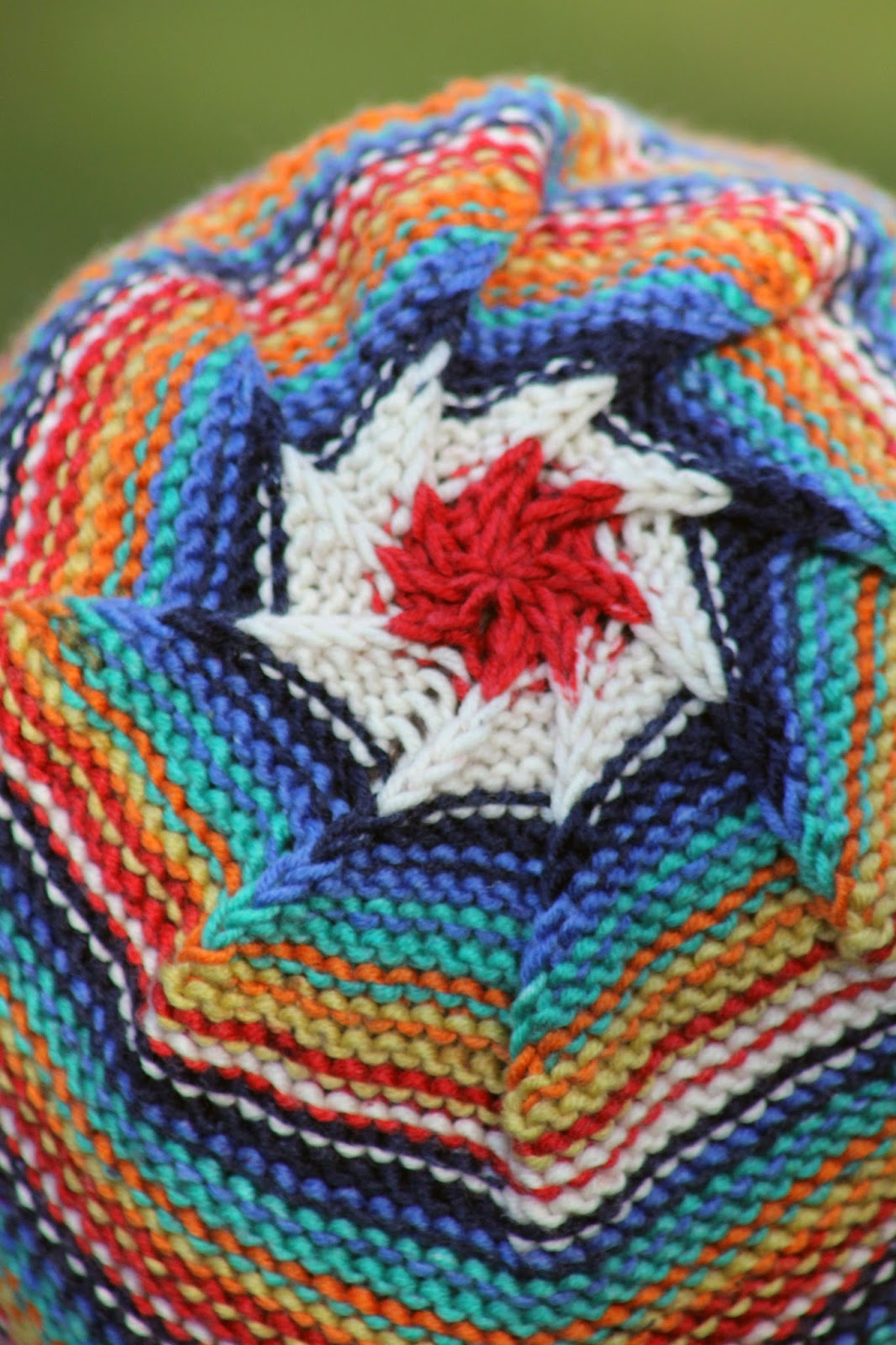 Balls to the Walls Knits: Inside Outside Hat