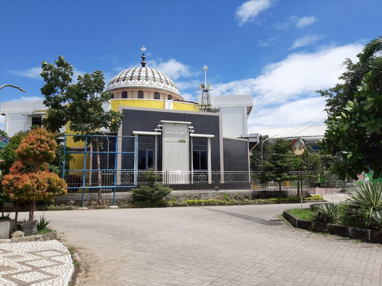 Foto Masjid Abu Bakar Ash-Shiddiq dari Luar