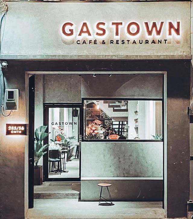 Gastown Cafe & Rétaurant - Chill cùng đứa bạn vào ngày cuối năm