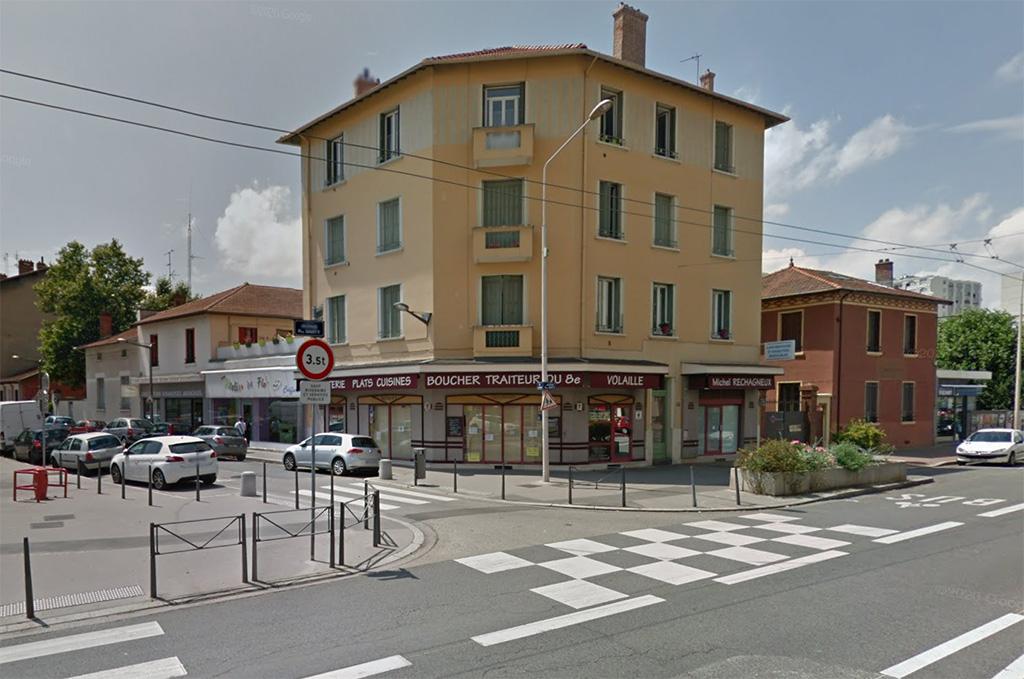 Lyon : Les employés d'une boucherie agressés et gazés car ils vendent du porc