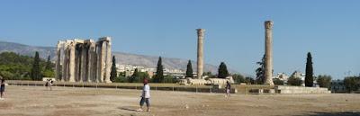 Atenas, Templo de Zeus Olímpico.