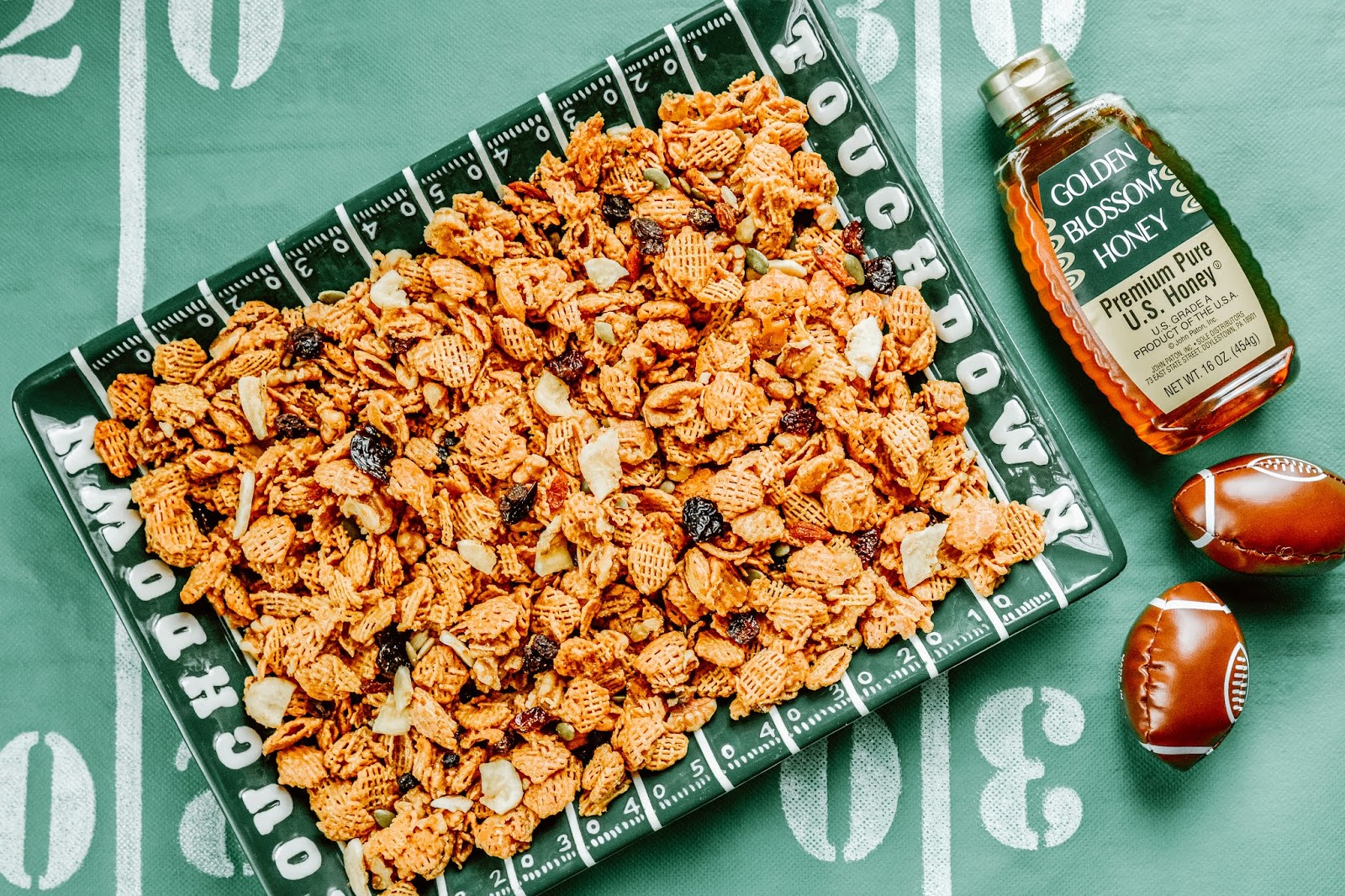 Peanut Butter Cereal Snack Mix