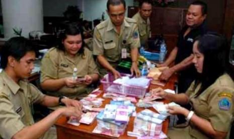 Penerimaan Cpns 2013 Pemerintah Aceh Cat Bkn 2016 Honorer Bisa Jadi Pegawai Kontrak Pemerintah Copas Lowongan Kerja