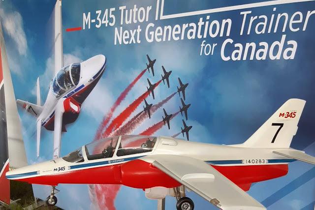 Leonardo M-345 Snowbirds Canada