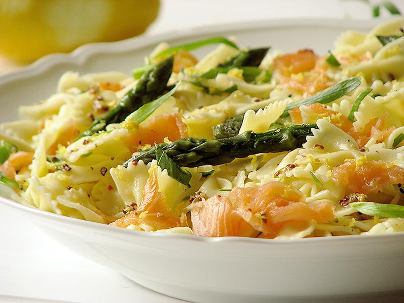 salade de pates au saumon asperges liveche et estragon
