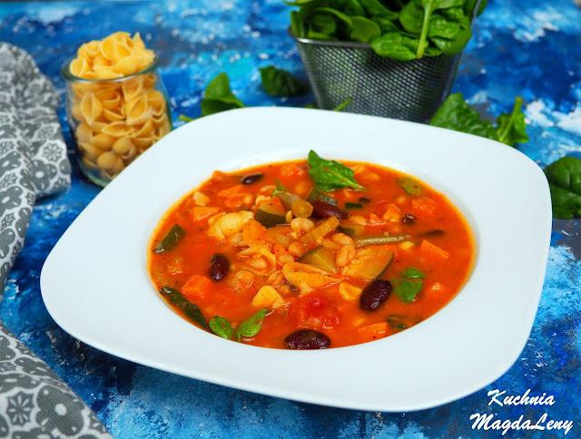 Wegetariańska zupa Minestrone