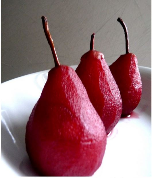 Easy Poached Pears Recipe with Red Wine