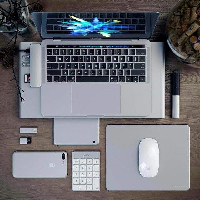 Guys, Lengkapi 7 Aksesoris Ini untuk Menunjang Produktivitas pada Laptop Baru Milikmu!