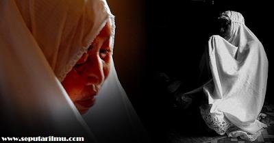 6 Cara dan Waktu Yang Tepat Untuk Ibu Mendoakan Anaknya Menurut Islam Yang Wajib diketahui