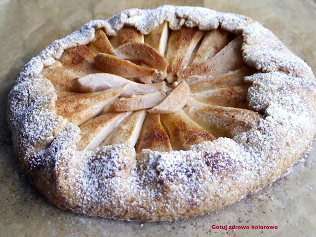 Rustykalna tarta z jabłkami i marcepanem - Czytaj więcej »