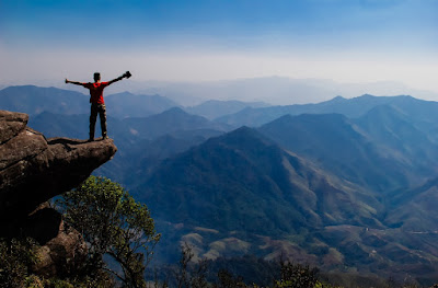Conquering Pha Luong peak- the roof of Moc Chau